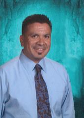 Dr. Roberto Baeza